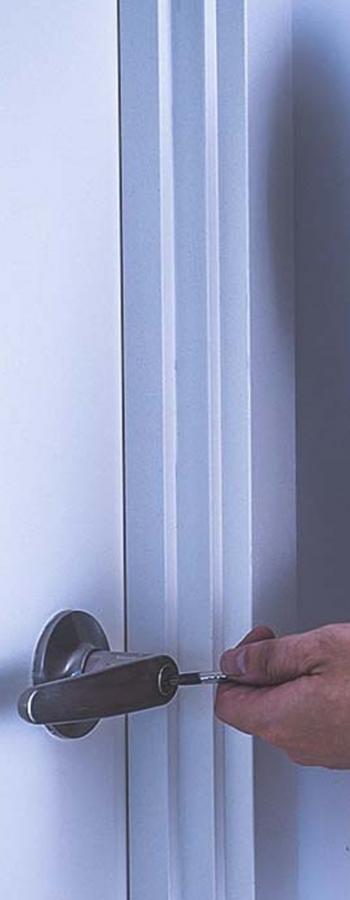 Instalación de Cerraduras Antibumping