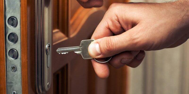 llave-atascada-cerradura